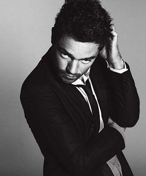 Dominic Cooper photos