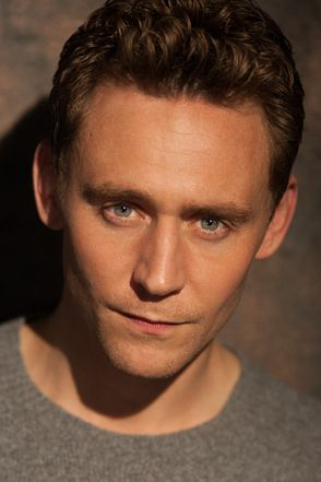 Tom Hiddleston photos